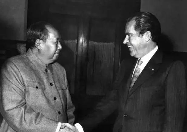 美国总统问毛主席有什么特长?主席只说了5个字!